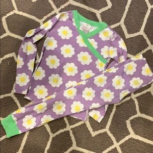 Hanna Andersson Girls purple flower daisy Pajamas
